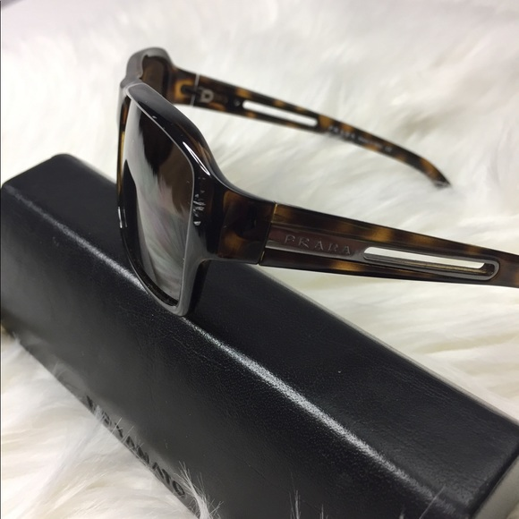 62d14ba2c1ad Authentic Prada Sunglasses Dark Tortoise Shell. M 5aaf3e07a44dbebe88b5c394.  Other Accessories ...